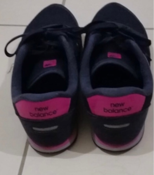 Used NB RUNNING SHOES in Dubai, UAE