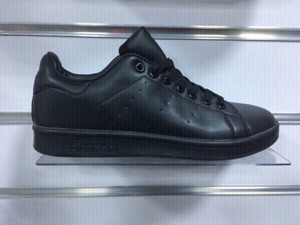 Used Adidas Stan Smith formal, size 43 new in Dubai, UAE