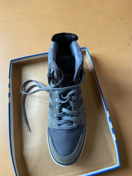 Used Adidas hi vespa sneakers size 44 in Dubai, UAE