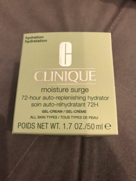 Used Clinique Moisture Surge 72 in Dubai, UAE