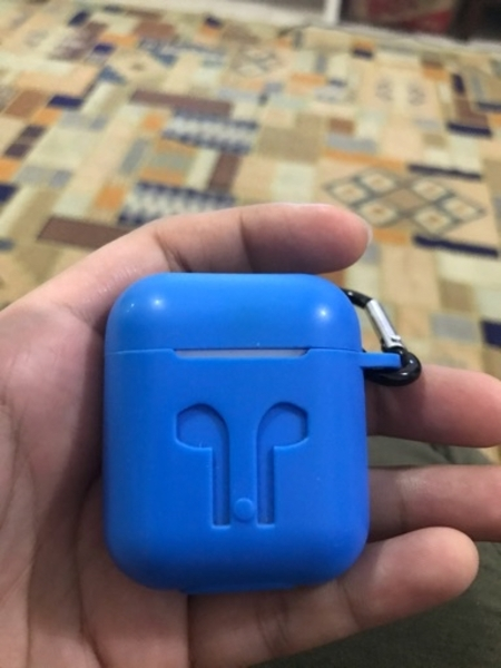 Used Aipods 2nd Gen in Dubai, UAE