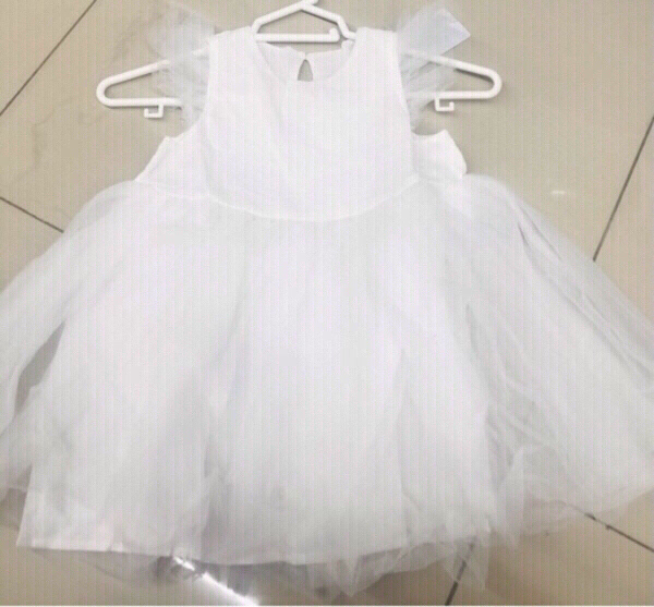 Used White Dress for Girl size 1-3 yr old ♥️ in Dubai, UAE