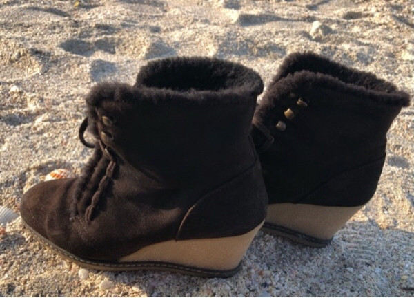 Used J.Crew Macalister Fur Wedge Ankle Boots in Dubai, UAE