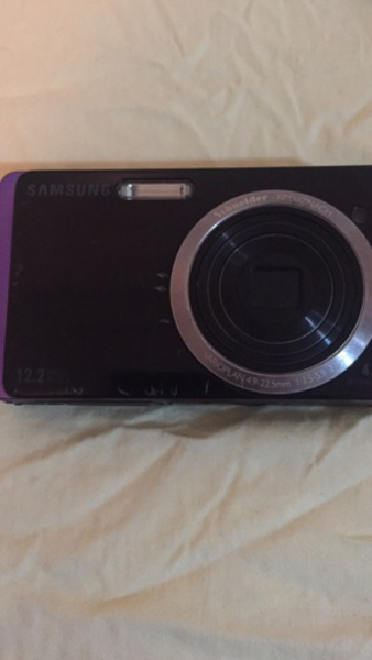 Used Samsung digital camera with the charger in Dubai, UAE