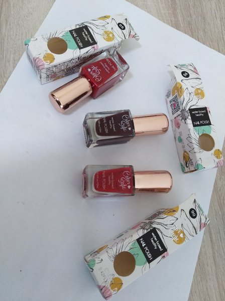 Used 3 Peel-Off Nail Polish 04, 05, 06 in Dubai, UAE