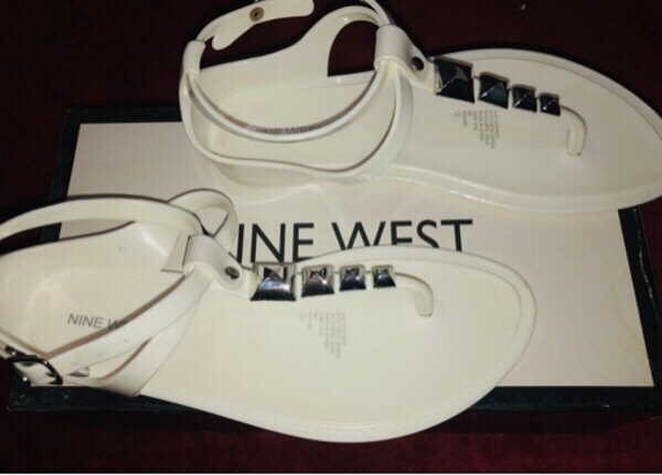 Used Nine West Sandal in Dubai, UAE