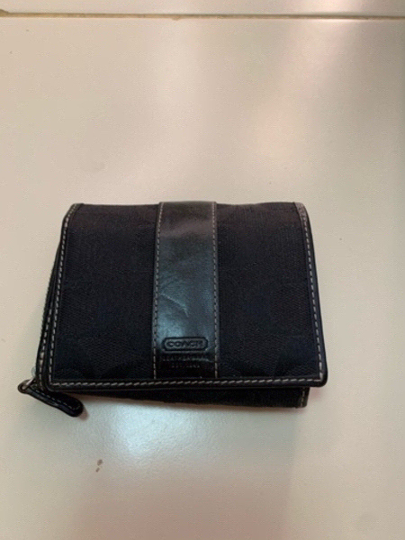 Used Small wallet by Coach in Dubai, UAE