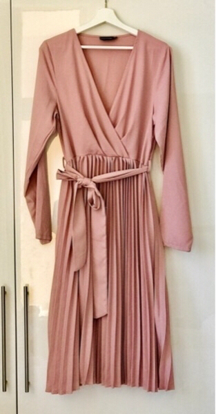 Used PrettyLittleThing SIZE 14 Pink Dress in Dubai, UAE
