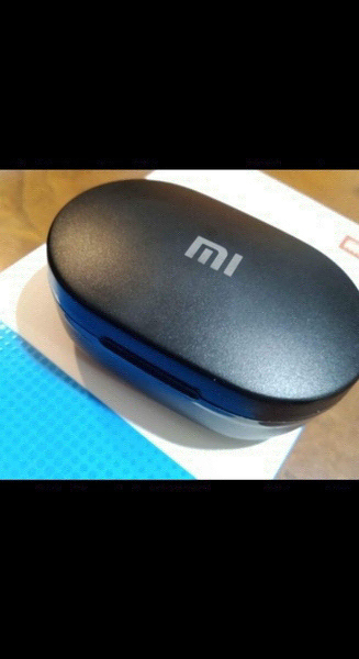 Used MI EARBUDS HURRY FRIDAY OFFER ONLY✅✅ in Dubai, UAE