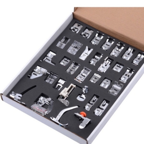 Used Multifunctional Kit 32 presser feet's in Dubai, UAE