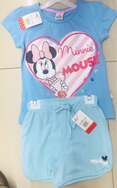 Used 2 sets for girls size 2-4 yr  old ♥️ in Dubai, UAE