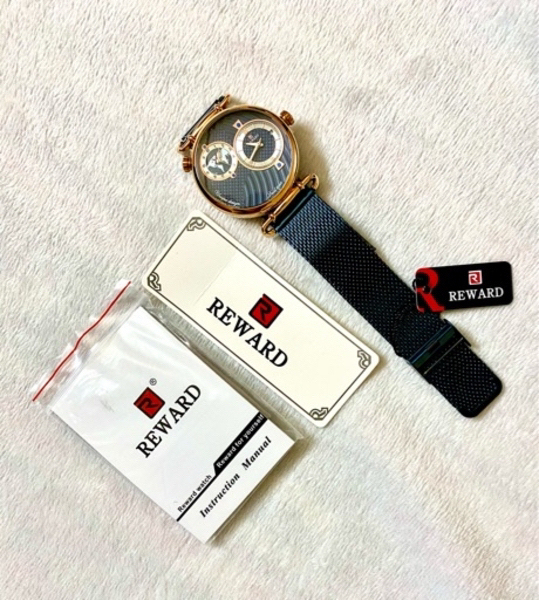 Used ساعة Reward كحلي رجالية⌚️👨🏻🔷 in Dubai, UAE