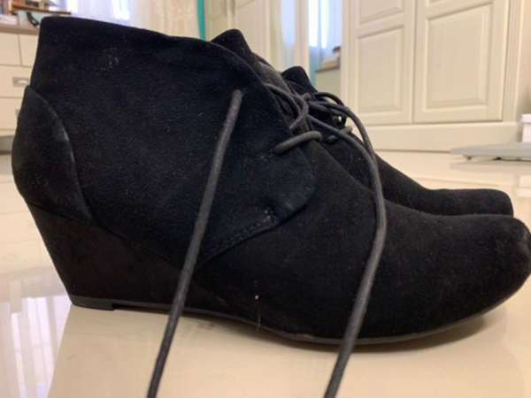 Used Clarks shoes size 38 worn once in Dubai, UAE