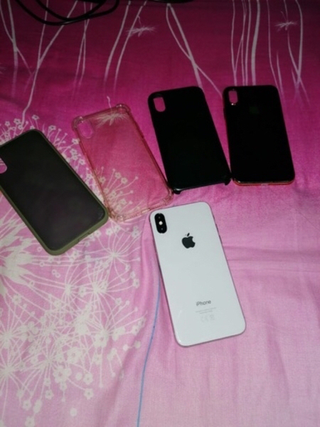 Used Iphone X 64 Gb good condition + 4 covers in Dubai, UAE