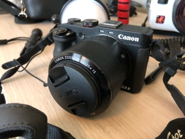 Used Underwater Camera Canon G3X with flash in Dubai, UAE