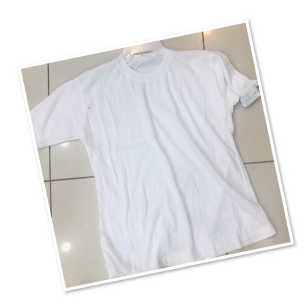 Used 2 PCs white plain tee shirt ♥️ in Dubai, UAE