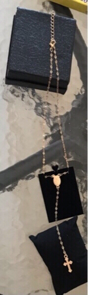 Used Necklace cross and vierge NEW in Dubai, UAE