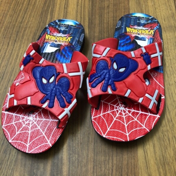 Used SPIDER MAN KIDS SLIPPER/28 in Dubai, UAE
