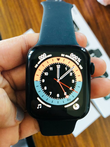 Used HW 22 Smart Watch in Dubai, UAE