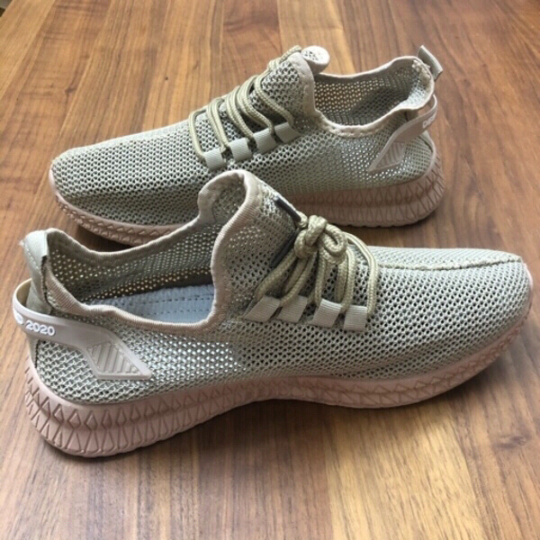 Used BREATHABLE CASUAL MESH SHOES/41 in Dubai, UAE