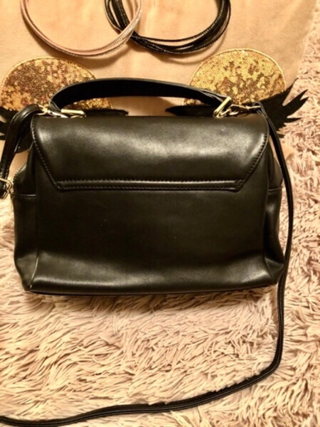 Used Shoulder bag black in Dubai, UAE