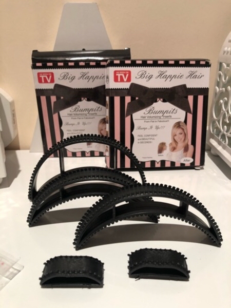 Used Invisible Fluffy Hair Clips 2 Sets in Dubai, UAE