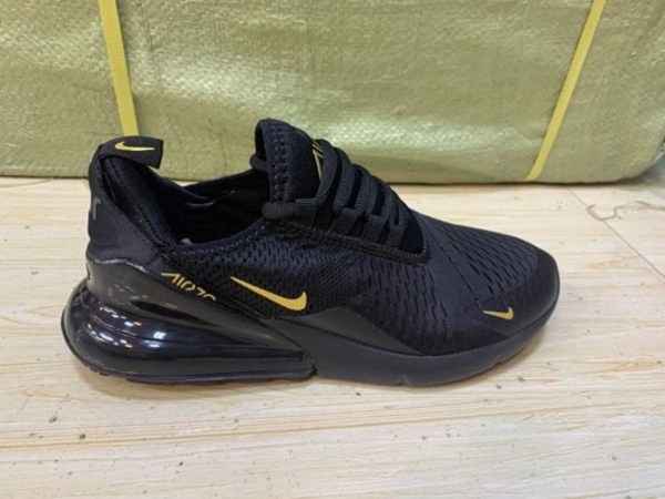 Used Nike Airmax 270 size 45 black/gold in Dubai, UAE