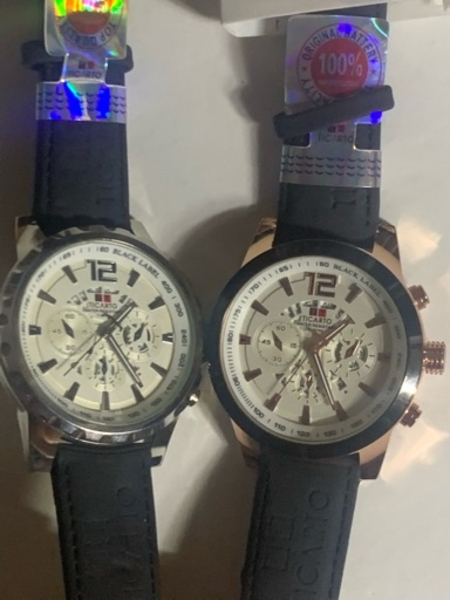 Used Men's watch with date new in Dubai, UAE