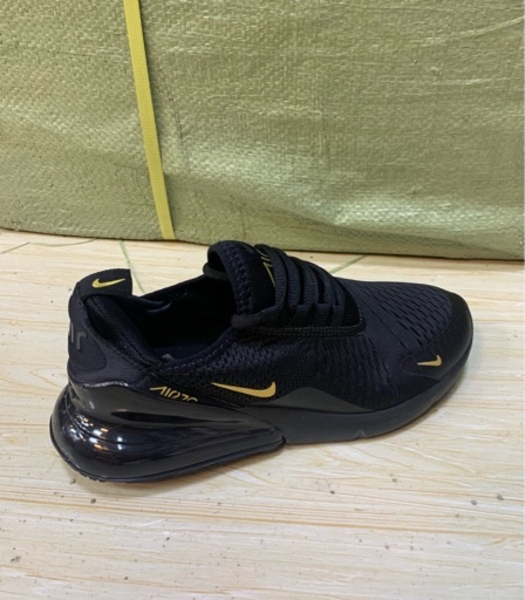 Used Nike Airmax 270 black/gold size 44, new in Dubai, UAE