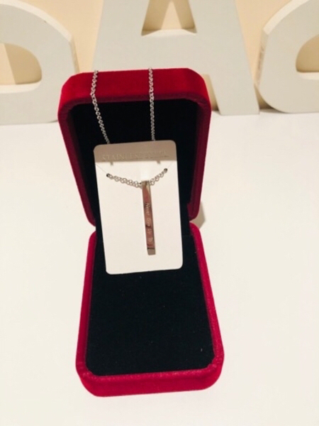 Used Never give up necklace silver in Dubai, UAE