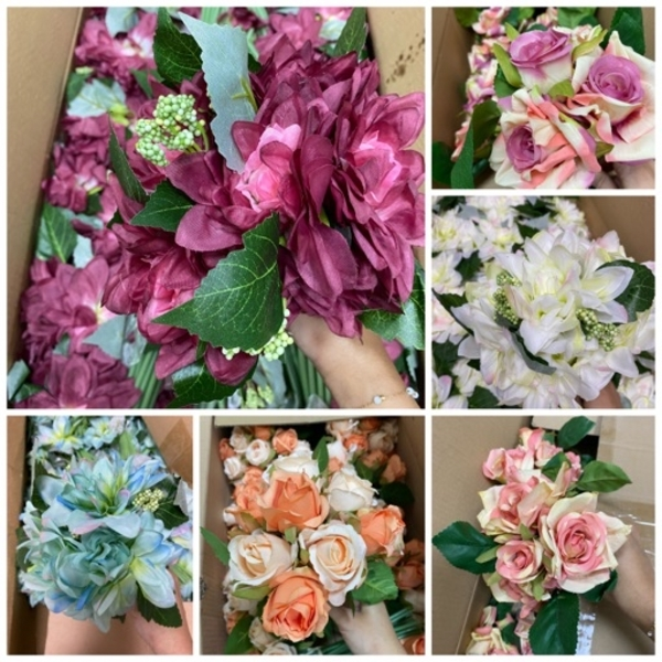 Used Artificial flowers—colors from ur choice in Dubai, UAE