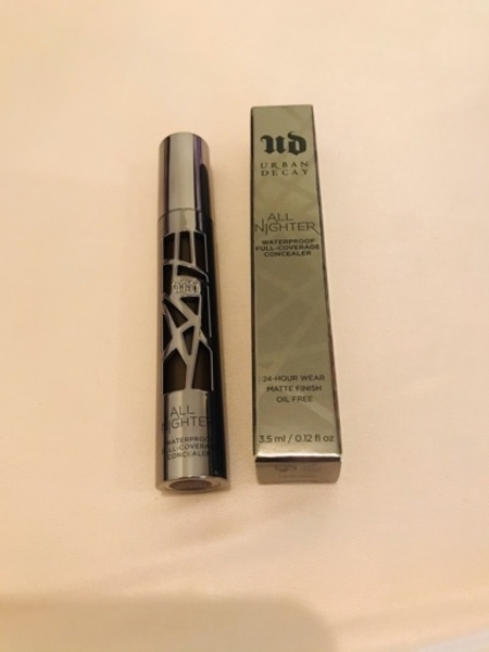 Used Urban decay concealer,extra deep natural in Dubai, UAE