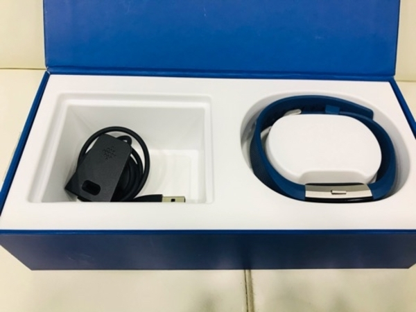 Used Original Fitbit Charge 2 with box in Dubai, UAE
