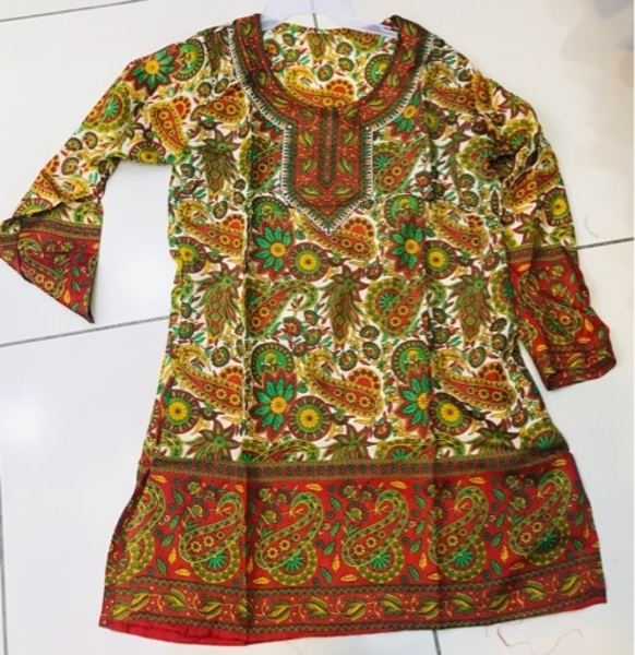 Used 2 PCs Blouse for Her S/M ♥️ in Dubai, UAE