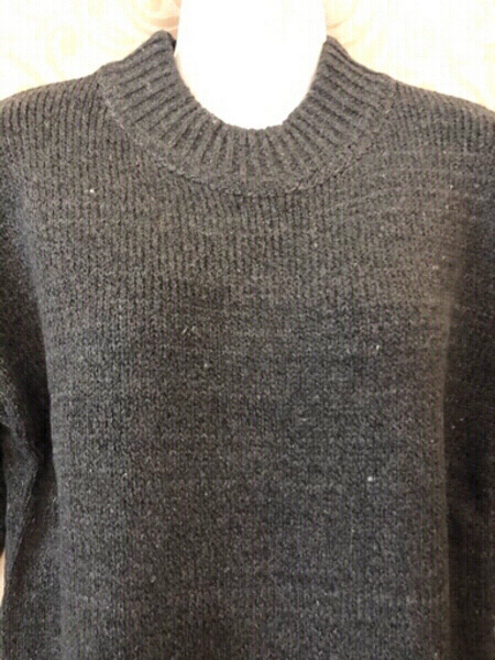 Used Knitted pullover size F (asian size L) in Dubai, UAE