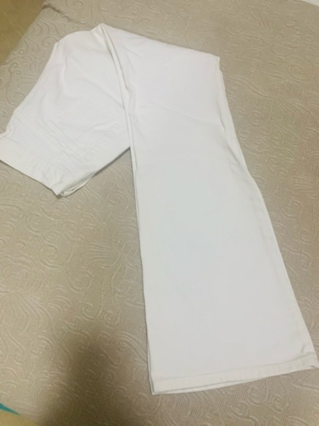Used White jeans fashionable flairy legs in Dubai, UAE
