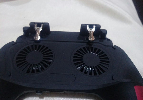 Used Mobile game controller with fan 1+1 free in Dubai, UAE