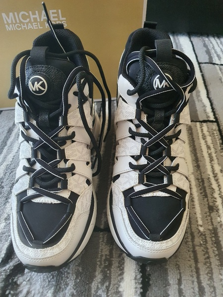 Used Michael Kors Issa Trainer shoes women in Dubai, UAE
