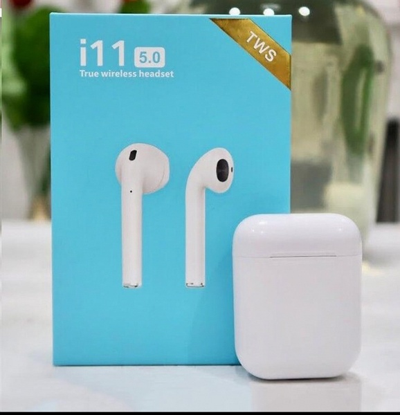 Used Bluetooth airpods i11 in Dubai, UAE