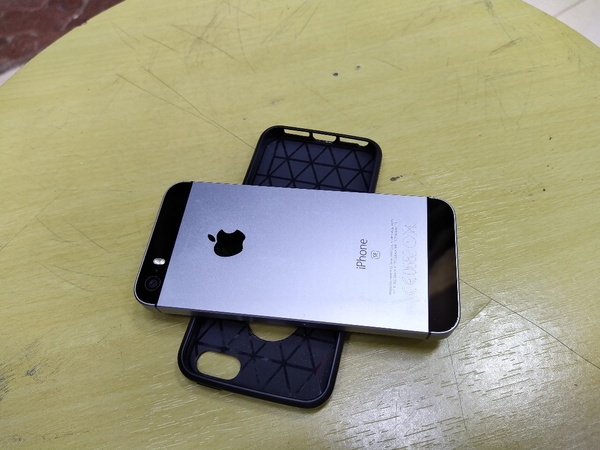 Used iPhone se 2016 in Dubai, UAE