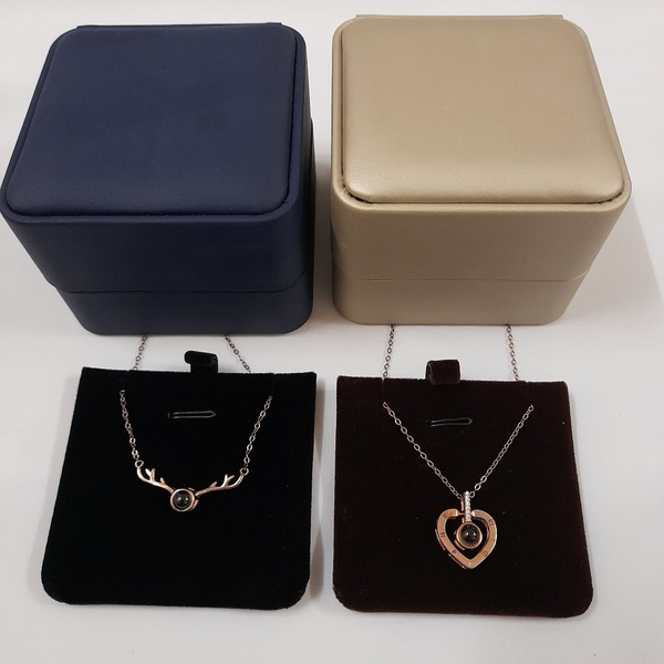 Used Necklaces for Women (2 Pcs) New in Dubai, UAE