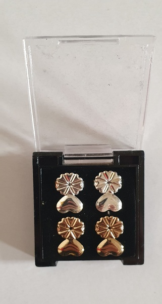 Used Earring 2 pairs in Dubai, UAE