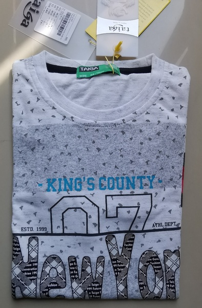 Used Brand new boys T-shirt never used in Dubai, UAE