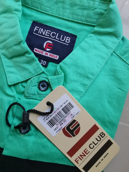 Used Brand new boys shirt never used in Dubai, UAE