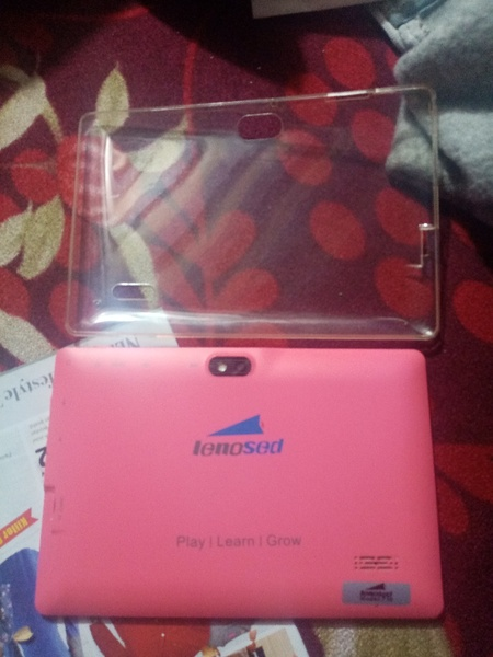 Used Lenosed usd with cover in Dubai, UAE