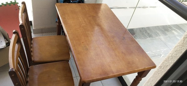 Used Dinning table in Dubai, UAE
