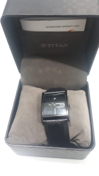 Used Titan original watch in Dubai, UAE