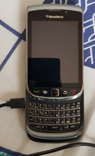 Used BLACKBERRY TORCH in Dubai, UAE
