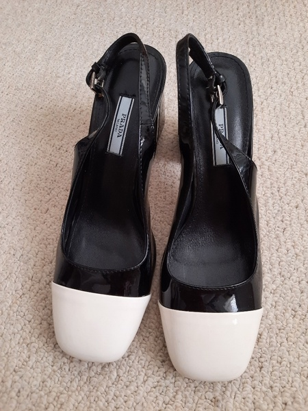 Used PRADA shoe ( eur 41) in Dubai, UAE