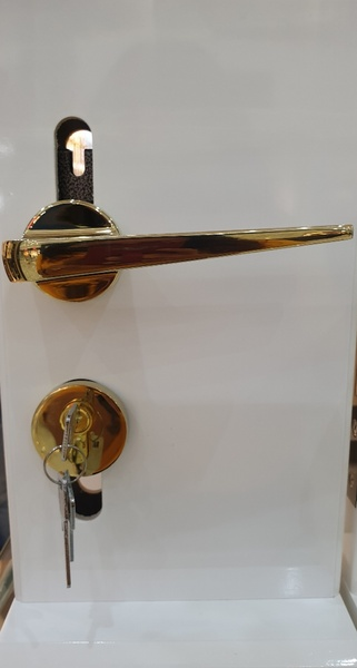 Used Door Handle Set in Dubai, UAE